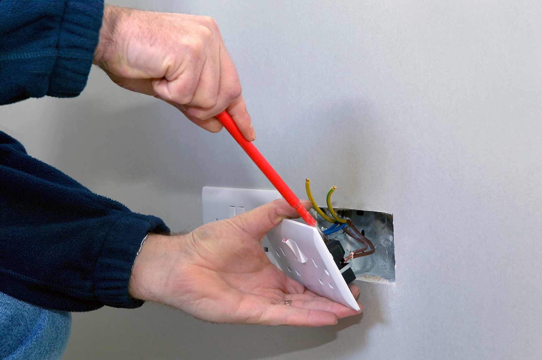 Our electricians can install plug sockets for domestic and commercial proeprties in Woolwich and the local area.